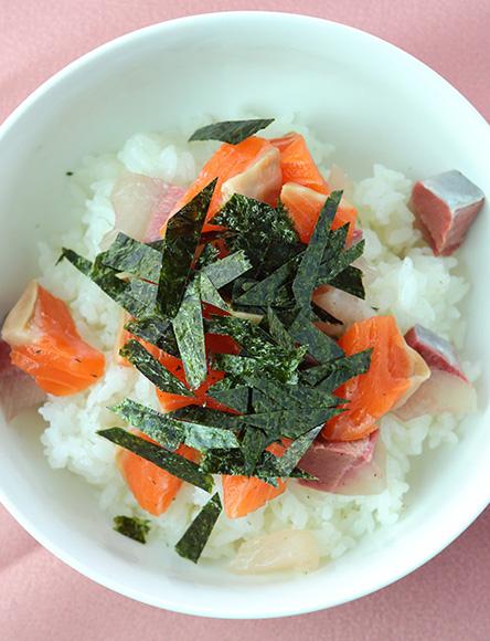 巻き寿司やちらし寿司に。合わせ酢で酢飯